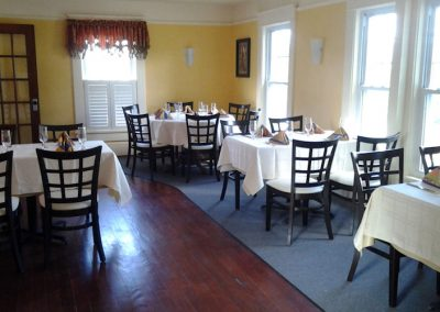 Eclipse Dining Room at Moonshadows Restaurant Luray VA