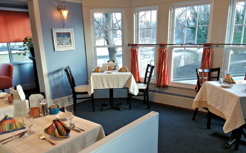 Moonlight Porch Moonshadows Restaurant Luray VA